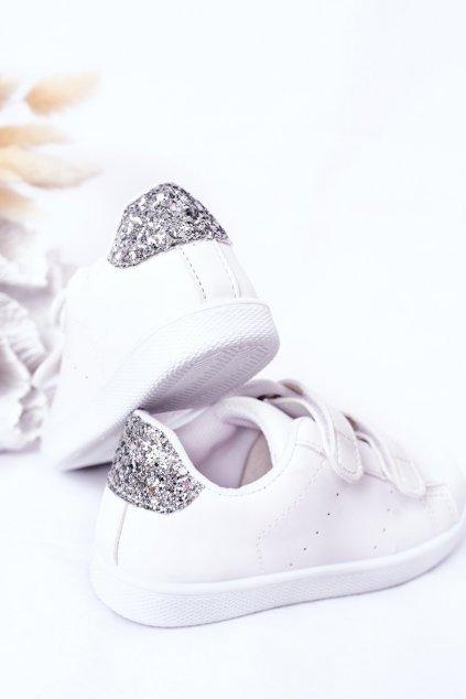 Detské tenisky farba biela kód obuvi 807-B WHITE/SILVER