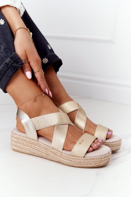 Dámske sandále farba hnedá kód obuvi HH274414 GOLDEN