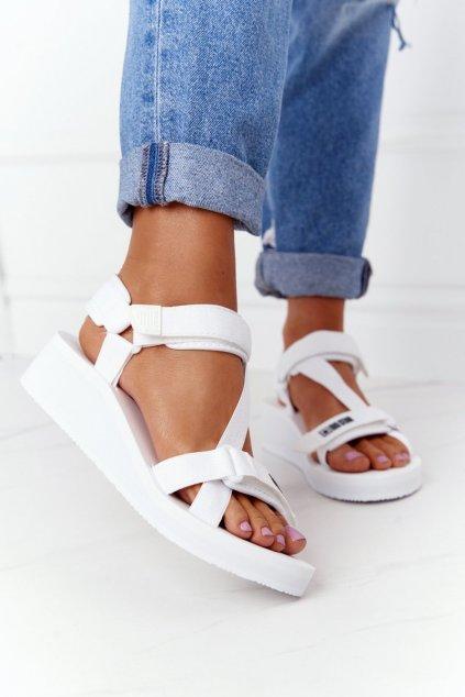 Dámske sandále farba biela kód obuvi FF274A351 WHITE