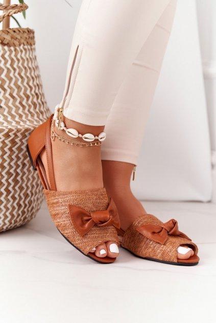 Dámske sandále farba hnedá kód obuvi 669-50 CAMEL