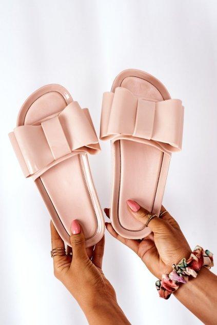 Dámske šľapky farba hnedá kód obuvi CK82 BEIGE