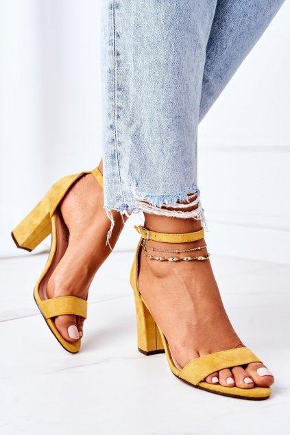 Dámske sandále farba žltá kód obuvi CD59 YELLOW