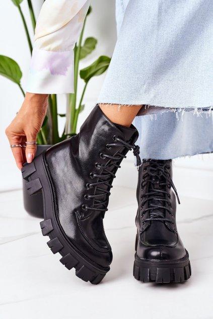 Členkové topánky na podpätku farba čierna kód obuvi NC1185 BLK