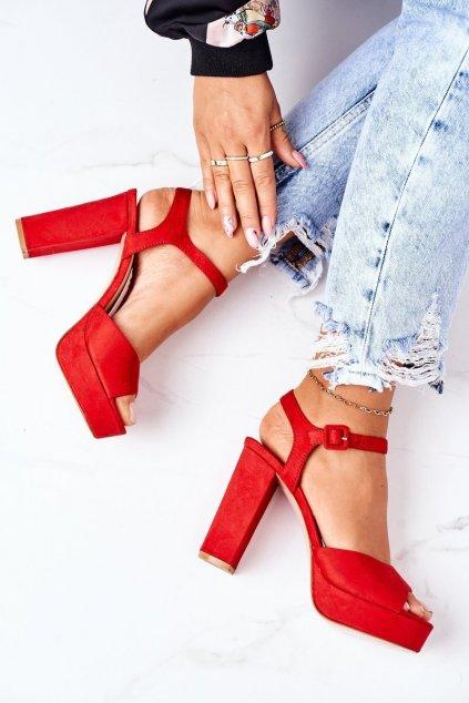 Dámske sandále farba červená kód obuvi AT0660 RED