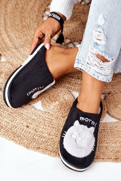 Dámske šľapky farba čierna kód obuvi WHM-802 BLACK