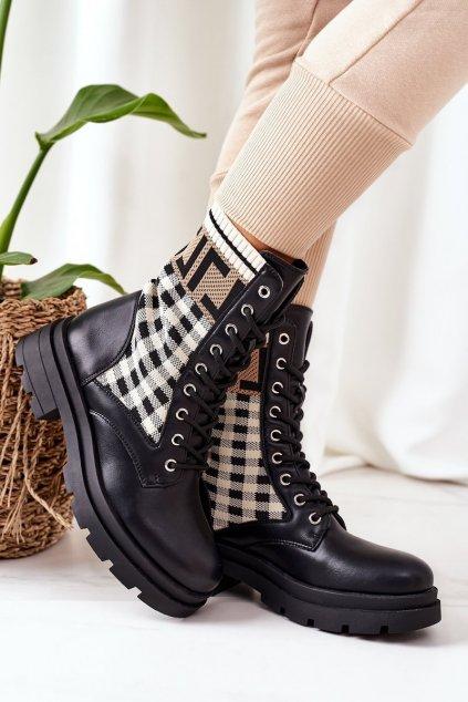 Členkové topánky na podpätku farba čierna kód obuvi LQ-6 BLK