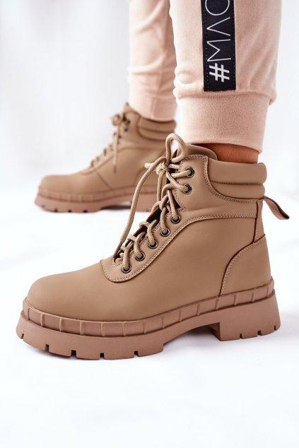 Členkové topánky na podpätku farba hnedá kód obuvi 8538A APRICOT