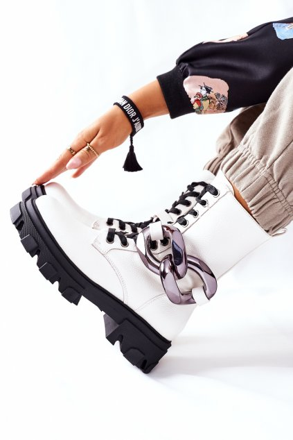 Členkové topánky na podpätku farba biela kód obuvi L13107-8 WHITE