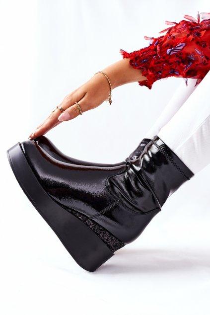 Členkové topánky na podpätku farba čierna kód obuvi 19005-1C BLK