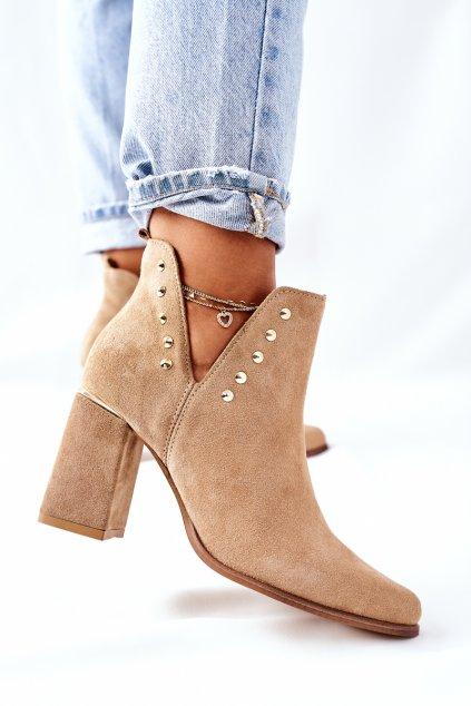 Členkové topánky na podpätku farba hnedá kód obuvi 3075 PIASEK WEL