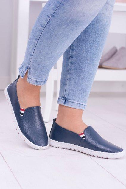 Dámske tenisky farba modrá kód obuvi 8PB85-0230 NAVY