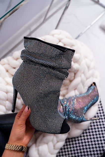 Členkové topánky na podpätku farba čierna kód obuvi B-2 BLK CYRKONIE