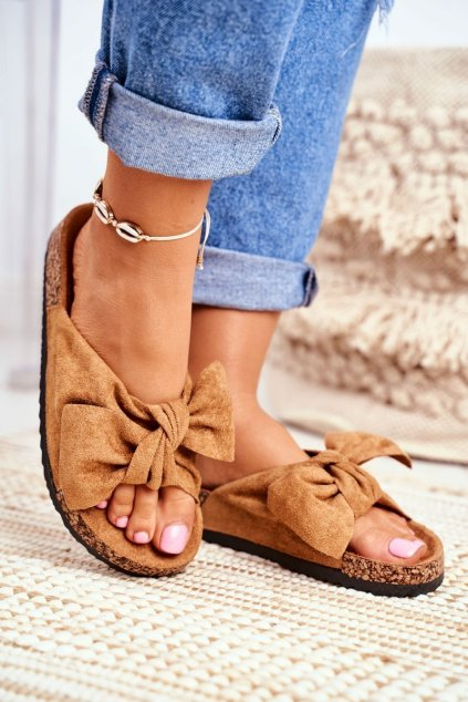 Dámske šľapky farba hnedá kód obuvi CK02 CAMEL