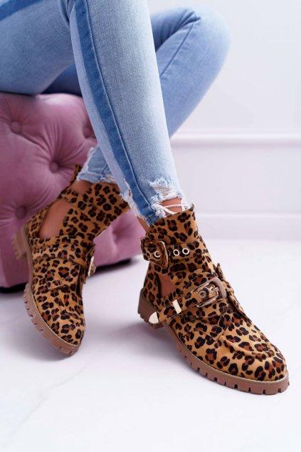 Členkové topánky na podpätku farba hnedá kód obuvi XW37266 CAMEL LEOPARD