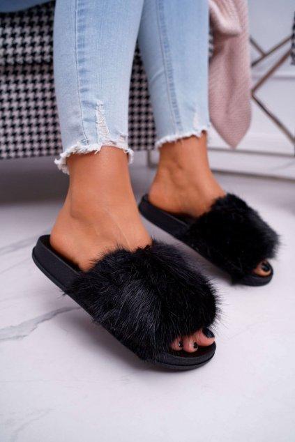 Dámske šľapky farba čierna kód obuvi CK107 BLK