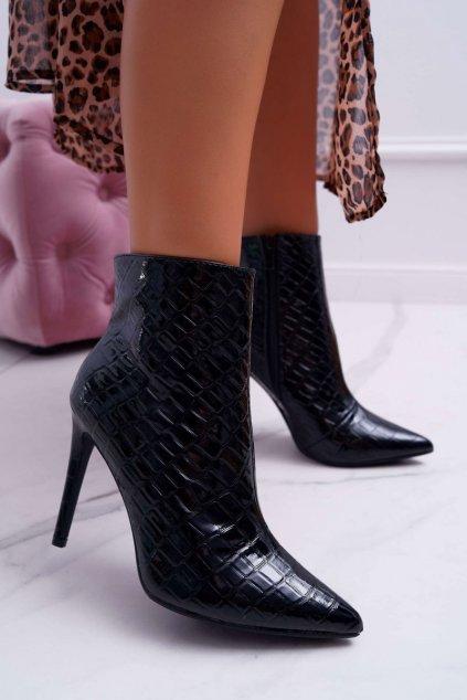 Členkové topánky na podpätku farba čierna kód obuvi 301-72 BLK