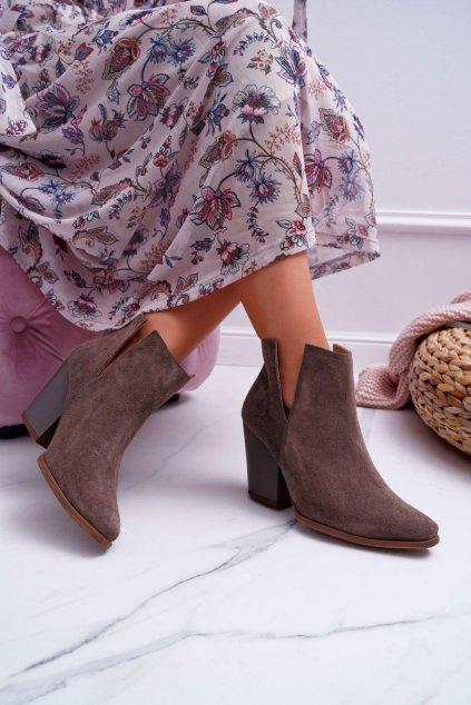 Členkové topánky na podpätku farba hnedá kód obuvi 2430 CAPPUCCINO/W