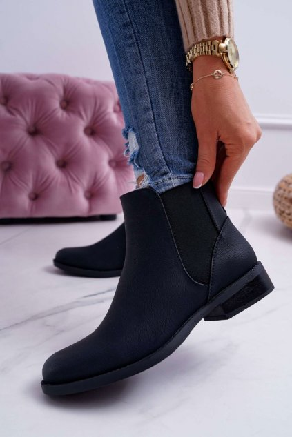 Členkové topánky na podpätku farba čierna kód obuvi 18-75 BLK