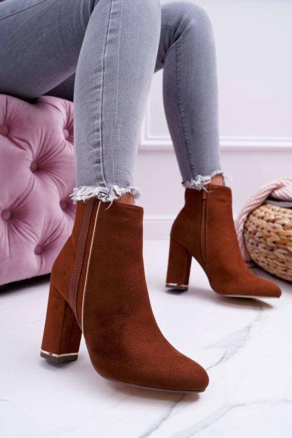 Členkové topánky na podpätku farba hnedá kód obuvi M378 CAMEL