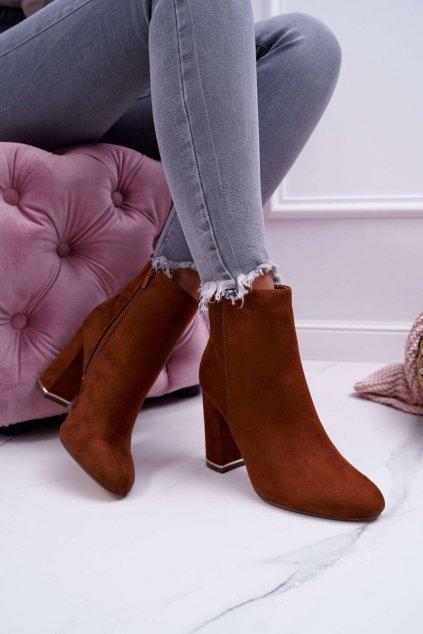 Členkové topánky na podpätku farba hnedá kód obuvi C683 CAMEL