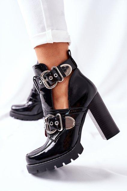 Členkové topánky na podpätku farba čierna kód obuvi M553 BLK MIRROR