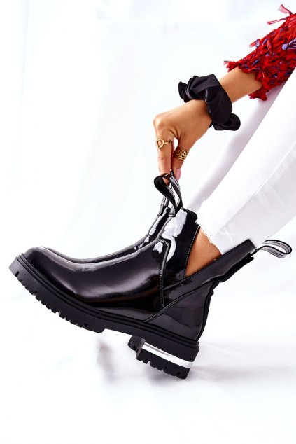 Členkové topánky na podpätku farba čierna kód obuvi NC1165 BLK