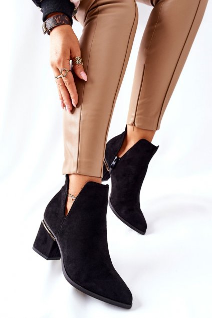 Členkové topánky na podpätku farba čierna kód obuvi NS230 BLk