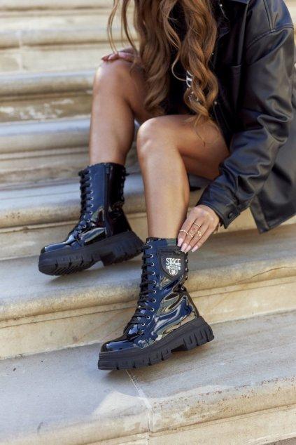 Členkové topánky na podpätku farba čierna kód obuvi 21-54001 BLK