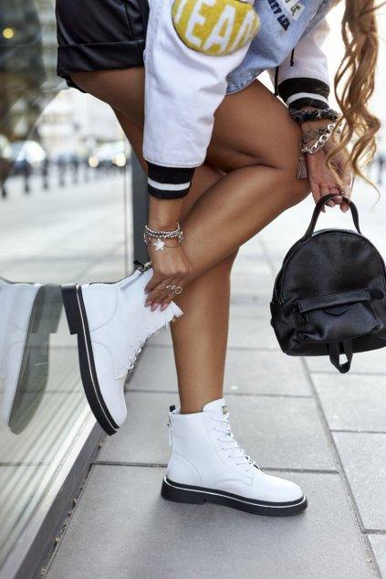 Členkové topánky na podpätku farba biela kód obuvi II2N4017 WHITE