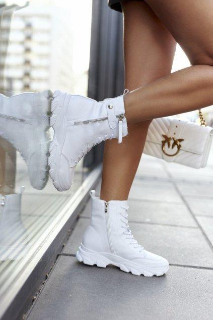 Členkové topánky na podpätku farba biela kód obuvi II2N4032 WHITE