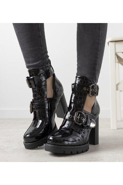 Dámske členkové topánky čierne kód M553 - GM