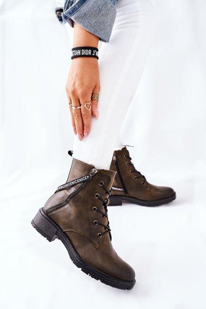 Členkové topánky na podpätku farba hnedá kód obuvi 22-10642 KHAKI