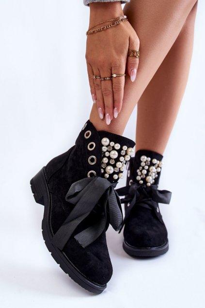 Členkové topánky na podpätku farba čierna kód obuvi 8371 BLK