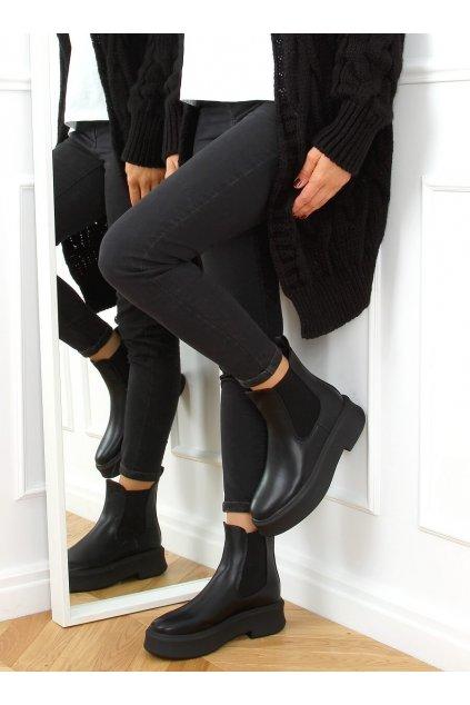 Dámske členkové topánky čierne na plochom podpätku NS222P