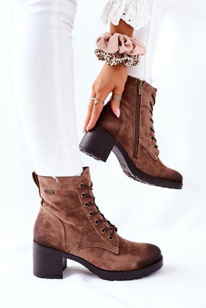Členkové topánky na podpätku farba hnedá kód obuvi 21-10643 BEIGE
