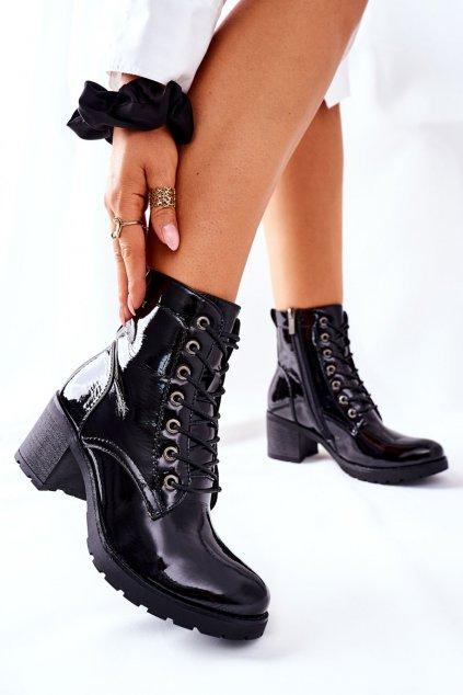 Členkové topánky na podpätku farba čierna kód obuvi 21-10643 BLK LAK