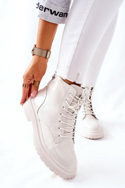 Členkové topánky na podpätku farba biela kód obuvi II2N4013 OFF WHITE