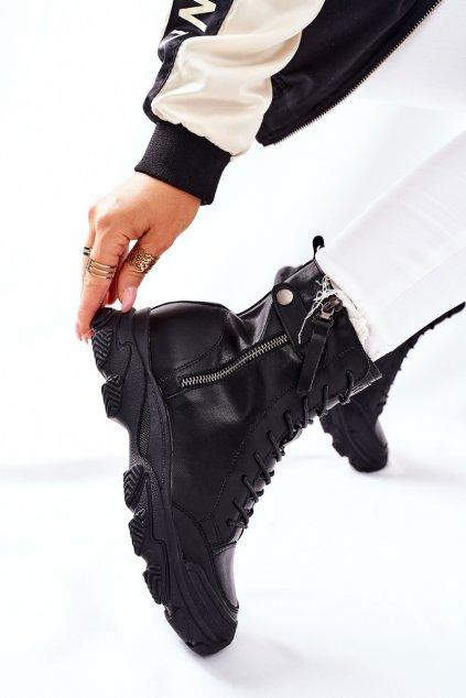 Členkové topánky na podpätku farba čierna kód obuvi II2N4031 BLK