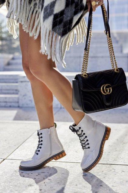 Členkové topánky na podpätku farba biela kód obuvi 20BT35-3001 WHT