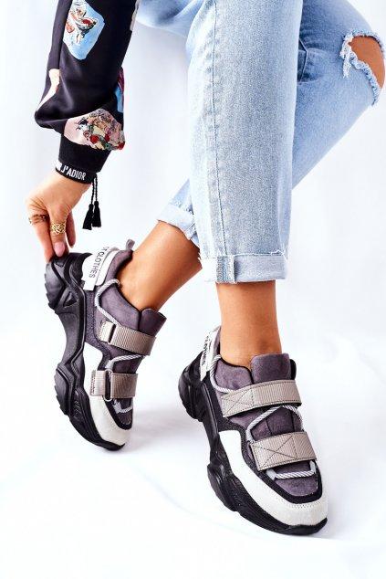 Dámske tenisky farba čierna kód obuvi 21-56004 BLK