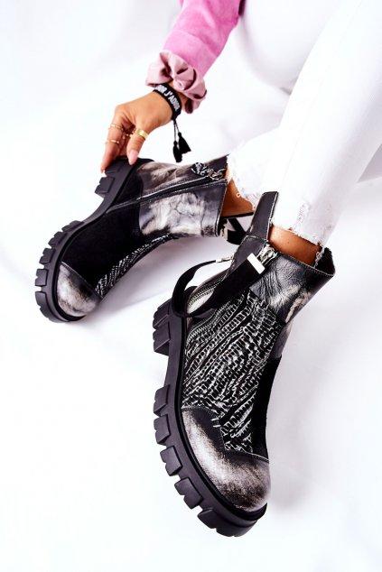 Členkové topánky na podpätku farba čierna kód obuvi 05137-21 BLK/WHT