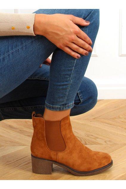 Dámske členkové topánky hnedé na širokom podpätku SP102