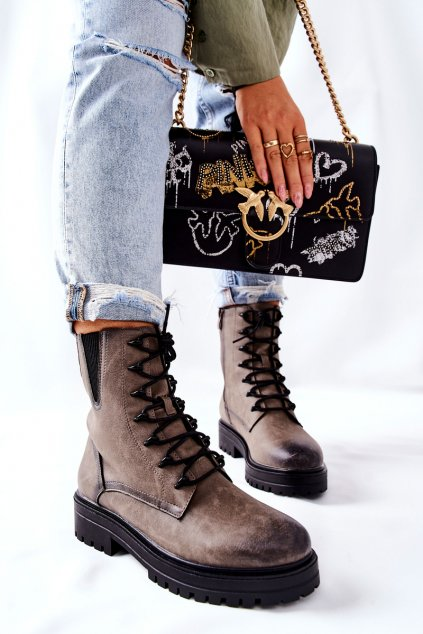 Členkové topánky na podpätku farba sivá kód obuvi TR756 GREY