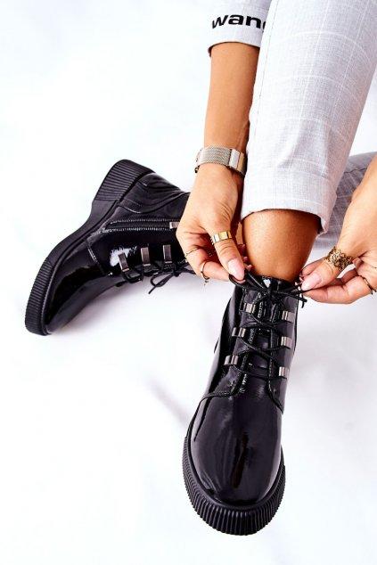 Členkové topánky na podpätku farba čierna kód obuvi S49 BLK