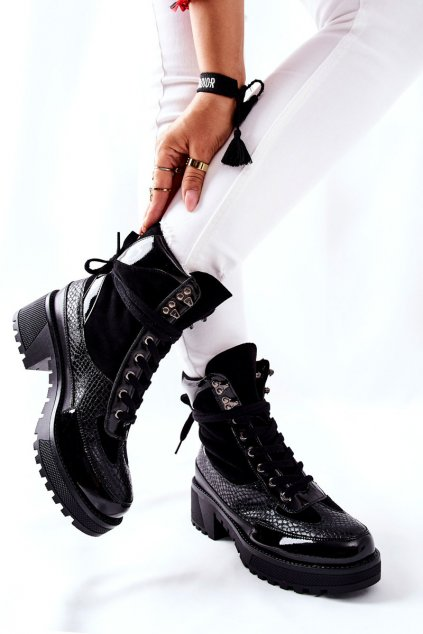 Členkové topánky na podpätku farba čierna kód obuvi KL757 BLK