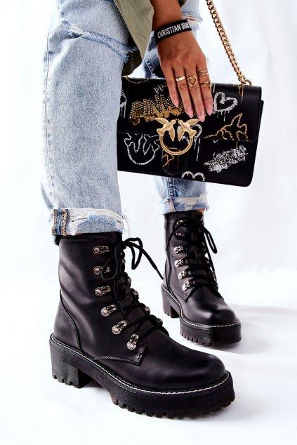 Členkové topánky na podpätku farba čierna kód obuvi KL785 BLK