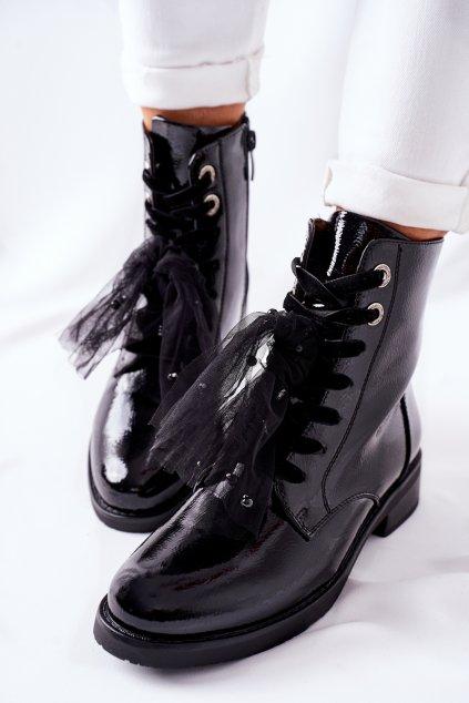 Členkové topánky na podpätku čierne NJSK 39 BLK