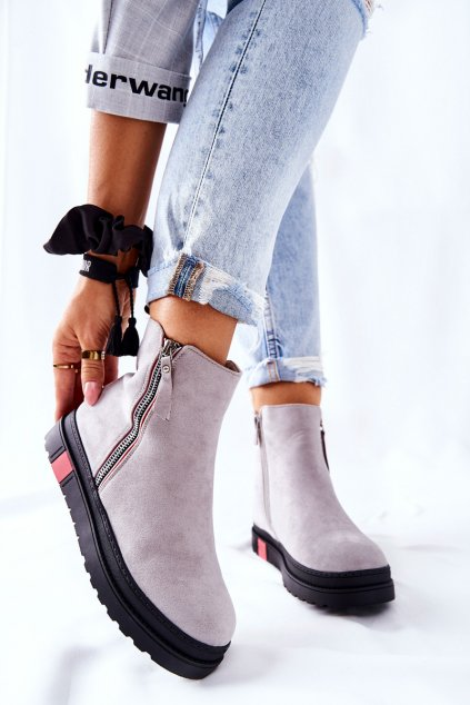 Členkové topánky na podpätku farba sivá kód obuvi NS215 LT.GREY