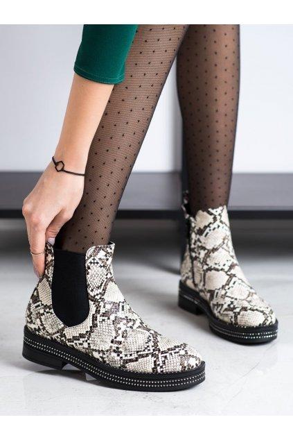 Zvierací motív dámske topánky Trendi kod 8-X8071SN