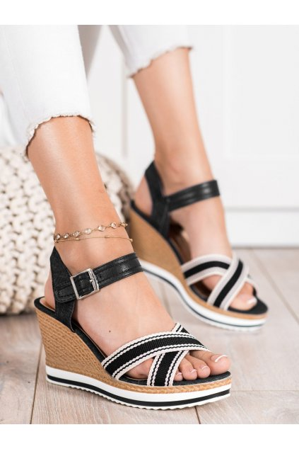 Čierne dámske sandále Trendi kod A89930B